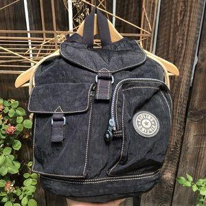 Mini vintage Kipling backpack. 💓